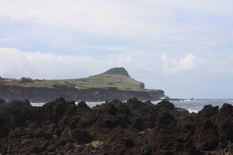 Coast of Biscoitos, Terceira Isl., Acores (Photo: WNomad)