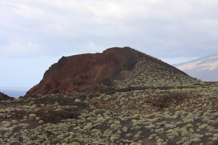 Cone near la Restinga, El Hierro Isl., Canary Islands (Photo: WNomad)