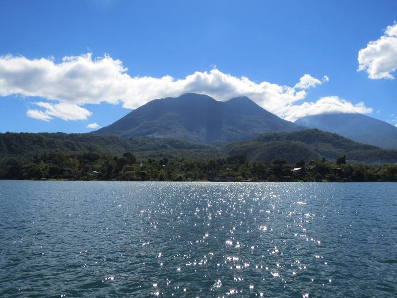 Volcanoes Toliman and Atitlan at Atitlan Lake, Santiago A., Guatemala (Photo: WNomad)