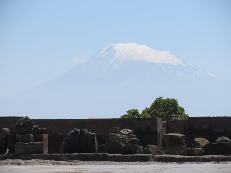 Zvartnots ruins with Mount Ararat in the background, Armenia (Photo: WNomad)