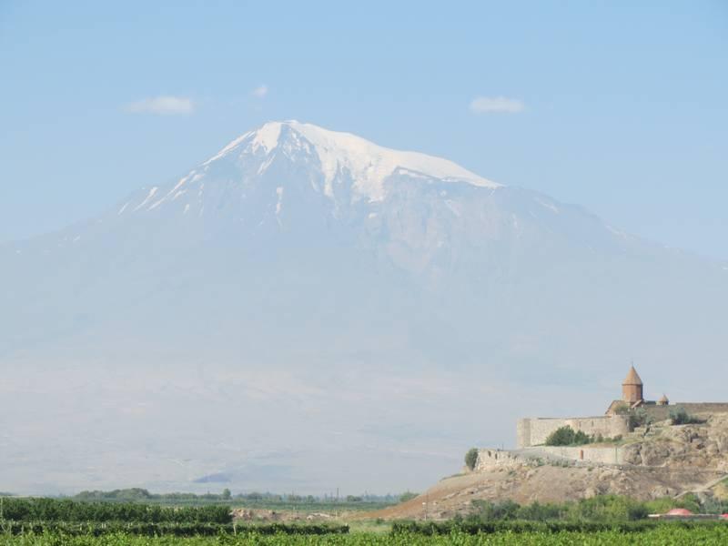 Khor Virap Monastery with Mount Ararat in background, Armenia (Photo: WNomad)