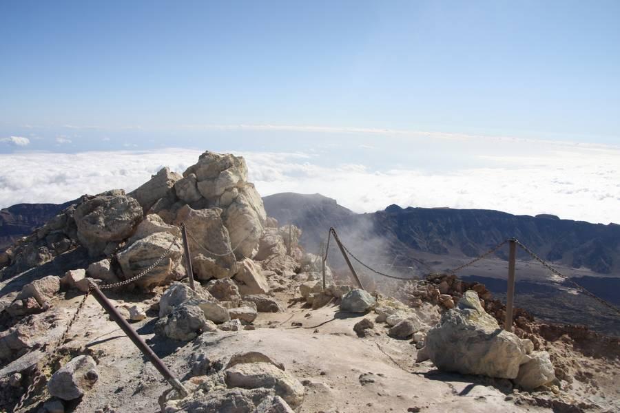 Peak of Pico del Teide, south view, Teneriffa Isl., Canarys (Photo: WNomad)