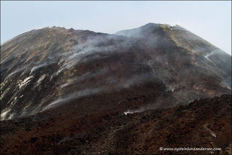 Anak-krakatau. The September 2012 lava flow on the eastern flank (photo of 6th Oct.2012) (Photo: andersen_oystein)