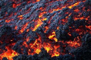 Close-up of lava flow (Photo: roland)