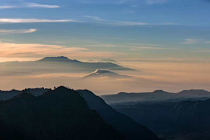 Far views from the Tengger caldera (Photo: Uwe Ehlers / geoart.eu)