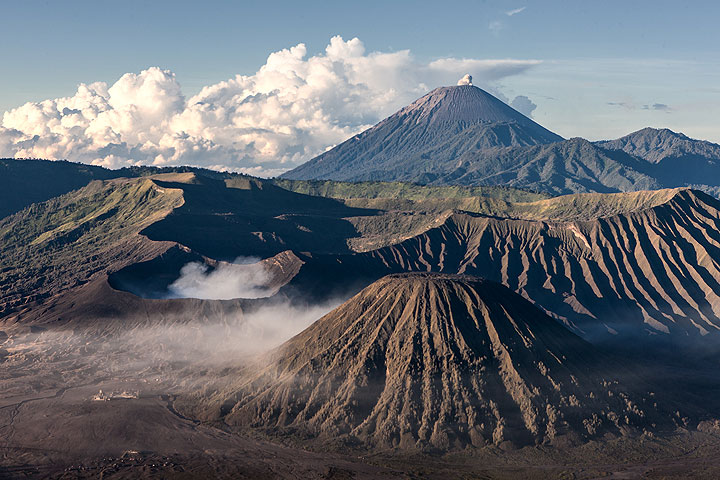 Bromo and Semeru (Photo: Uwe Ehlers / geoart.eu)