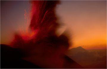Pacaya in Guatemala von Dia-Film gescannt. (Photo: hedgepig)