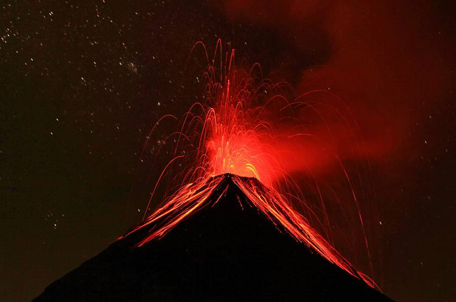 Fuego from Acatenango in Guatemala on 28 March 2015. Between 1 and 2 am there were eruptions every 5 minutes. IMG_8324aaa.jpg (Photo: leos.kohout)