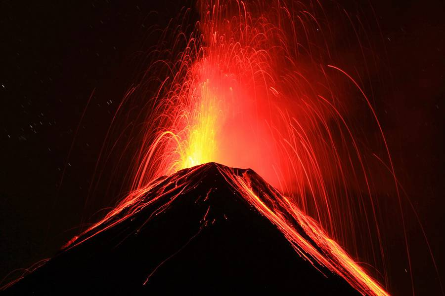 Fuego from Acatenango in Guatemala on 28 March 2015. Between 1 and 2 am there were eruptions every 5 minutes. IMG_8330aaa.jpg (Photo: leos.kohout)