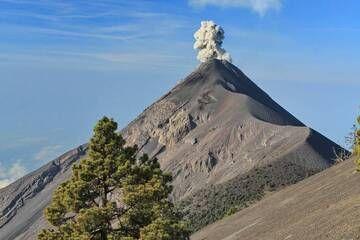 Fuego from Acatenango in Guatemala on 28 March 2015. IMG_8363aaa.jpg (Photo: leos.kohout)