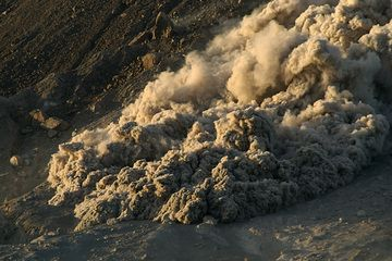 Front of a pyroclastic flow from Montserrat's Soufrière Hills volcano (Photo: marcofulle)