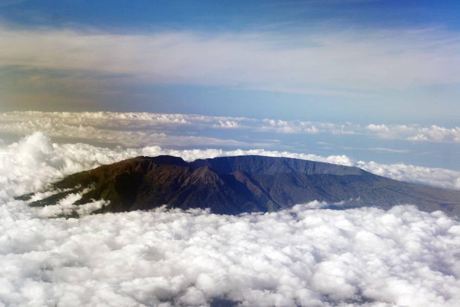 Tambora volcano. (Photo: mlyvers)
