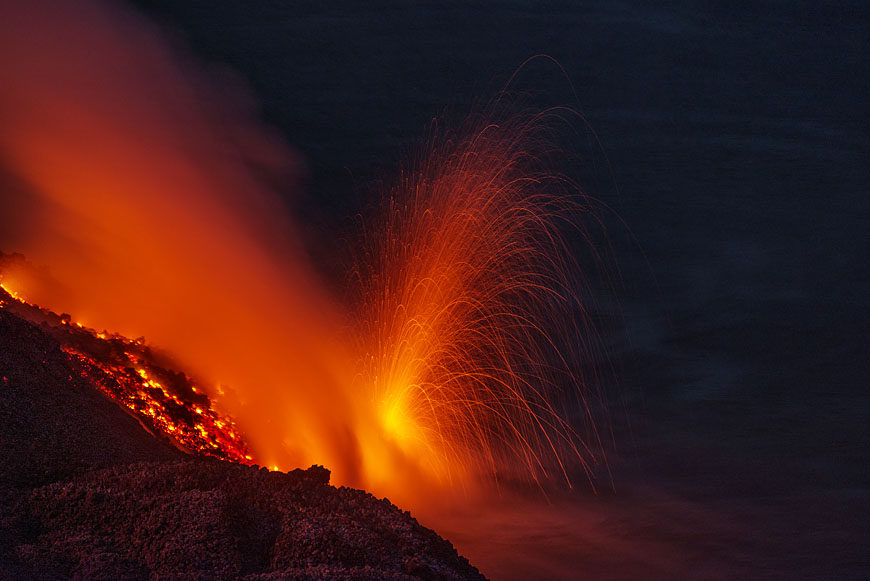 Littoral explosion at Stromboli volcano as the lava flow reached the sea on 11 Aug 2014 (Photo: Martin Rietze)