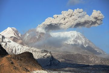 Ash venting from Shiveluch volcano's lava dome (Oct 2013), Kamchatka (Photo: Richard Roscoe)