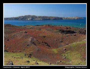 Georgios crater of Nea Kameni volcano, Santorini (Greece), with Palea Kameni in the background. (Photo: Tobias Schorr)