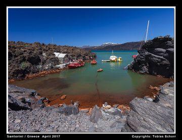 Agios Nikolaos Bay with hydrothermal springs at Palea Kameni Island, Santorini volcano (Greece) (Photo: Tobias Schorr)