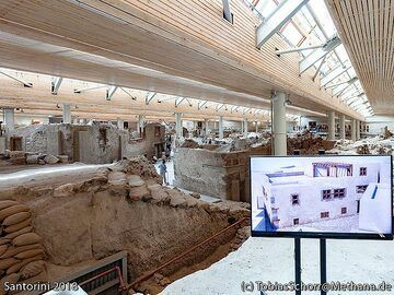 The reconstruction of the house at the Delta square in the Acrotiri excavations. (Photo: Tobias Schorr)