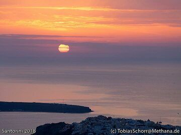 "The ""famous""sunset of Ia. (Photo: Tobias Schorr)"