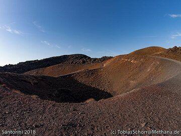 One of the Daphne craters on Nea Kameni island. (Photo: Tobias Schorr)