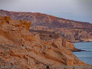 The pumice rocks at Vlyhada. (Photo: Tobias Schorr)
