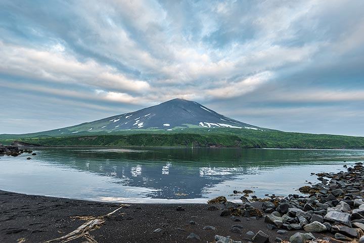 Alaid stratovolcano, Atlasof Island, Northern Kuriles (Photo: Tom Pfeiffer)