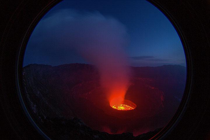 Lava lake at dawn. (Photo: Yashmin Chebli)