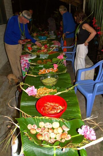 Dinner table (Photo: Yashmin Chebli)