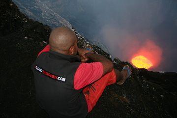 Watching a lava lake in Benbow's crater, Vanuatu (Ambrym Island) (Photo: Yashmin Chebli)