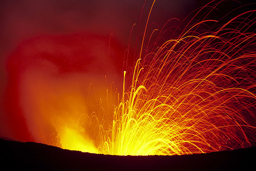 Medium-sized strombolian eruption at night. (Photo: Tom Pfeiffer)
