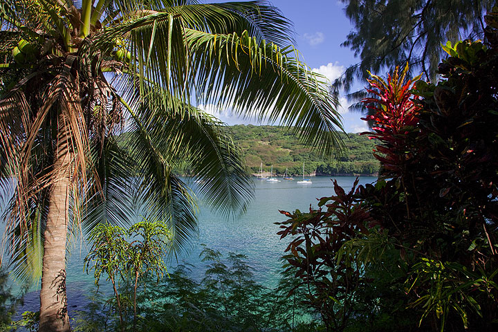 Port Resolution Bay - it is here, where Captain Cook first landed on Tanna Island. (Photo: Tom Pfeiffer)