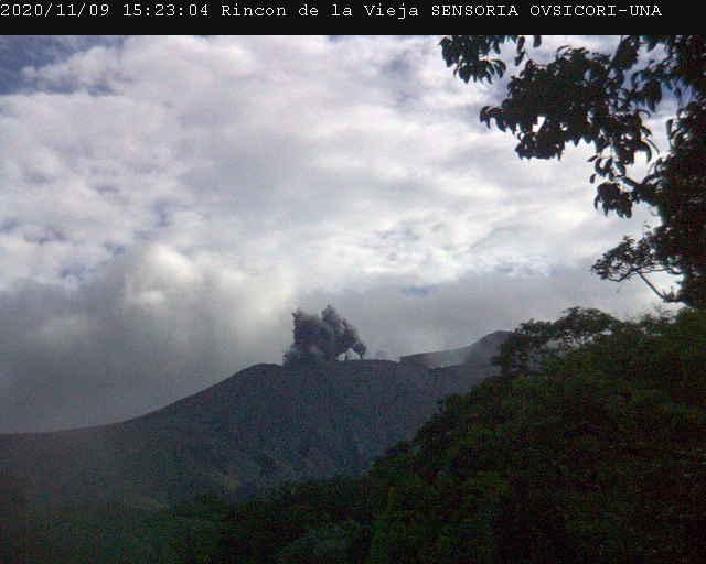 Eruption from Rincon de la Vieja volcano yesterday (image: OVSICORI-UNA)