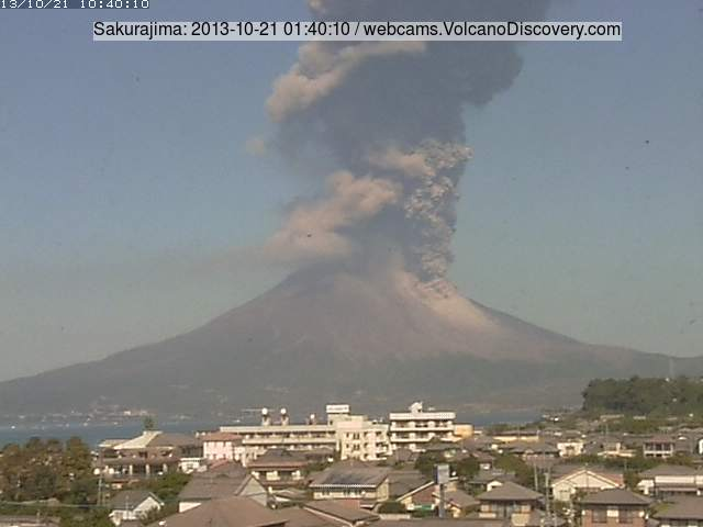 Powerful eruptionof Sakurajima on 21 Oct, producing a plume that reached 18,000 ft
