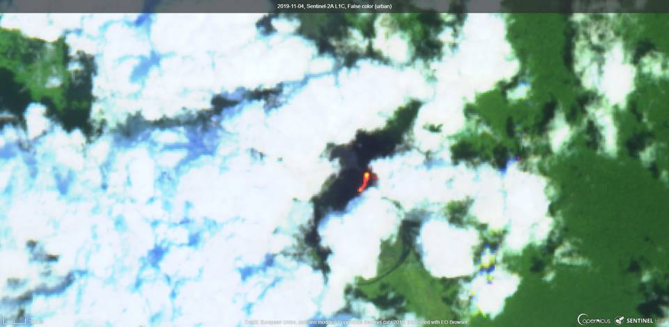 Lava flow from Nyamuragira volcano filled the Pit crater (image: Sentinel 2)