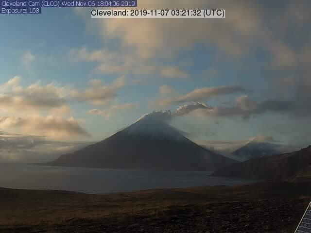 White steam from Cleveland volcano (image: AVO)
