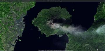 Incandescence from Minamidake crater visible from satellite (image: Sentinel 2)