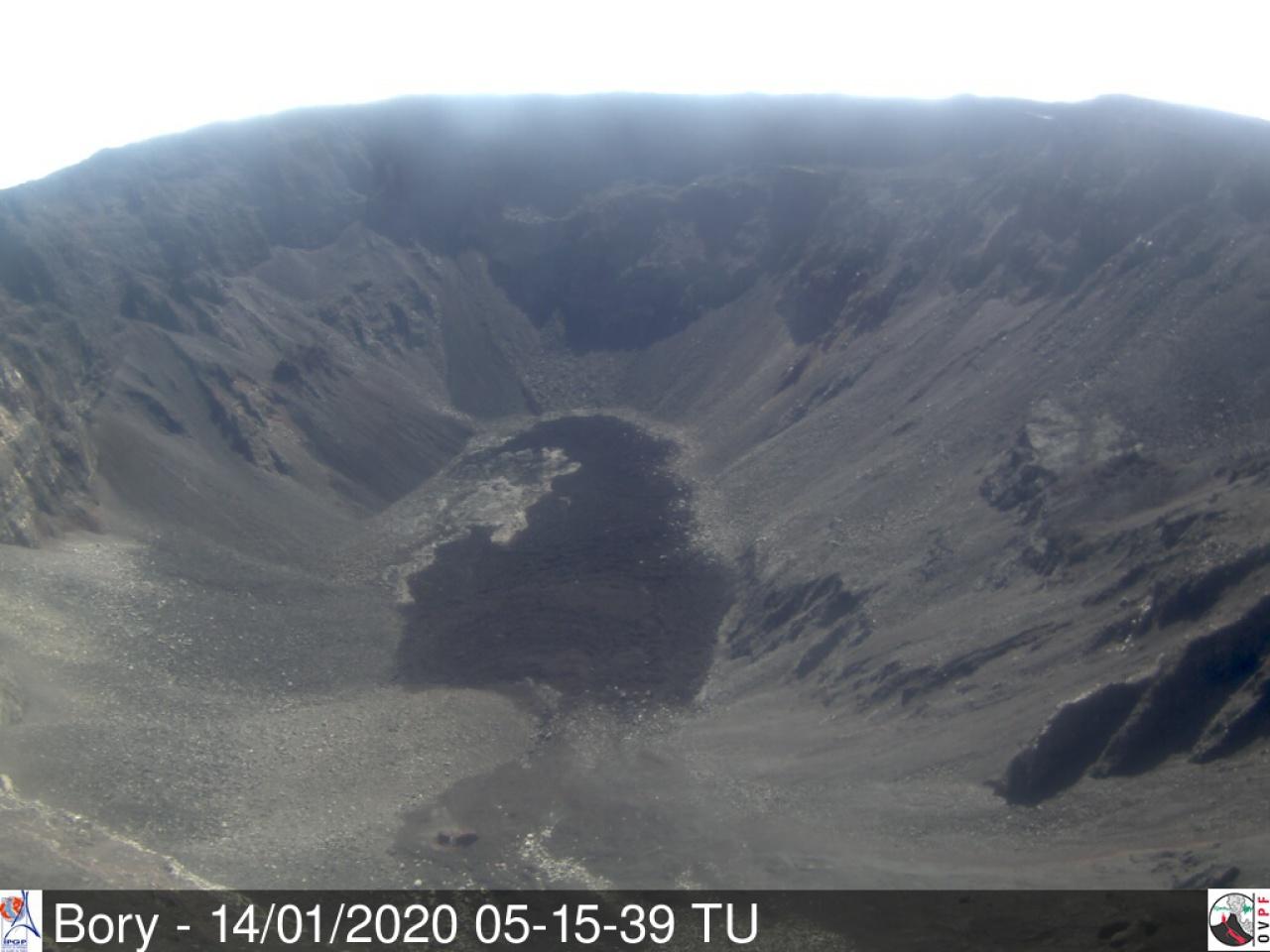 Dolomieu crater today (image: OVPF)