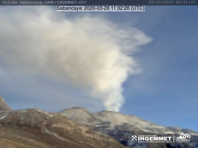 An ash plume from Sabancaya volcano on 28 March (image: INGEMMET)