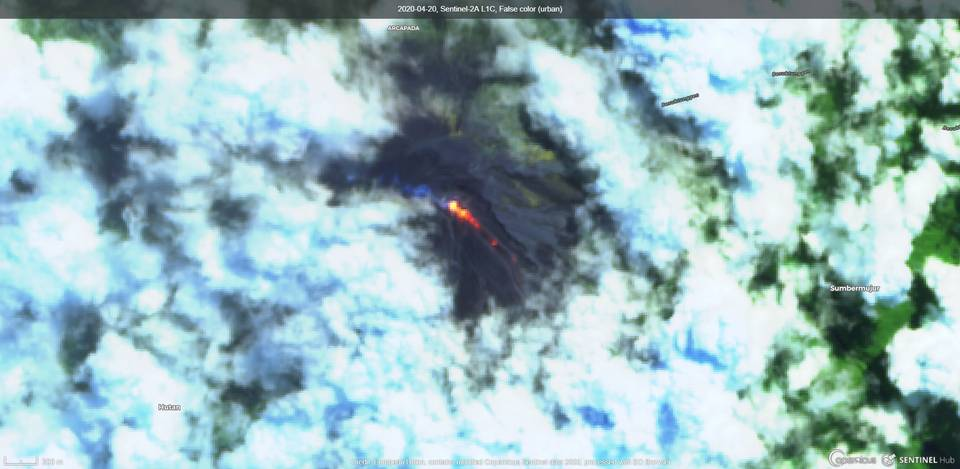 Lava flows from Semeru volcano (image: Sentinel 2)