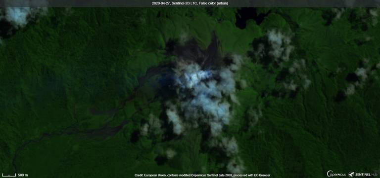 Emissions from Bagana volcano from satellite (image: Sentinel 2)