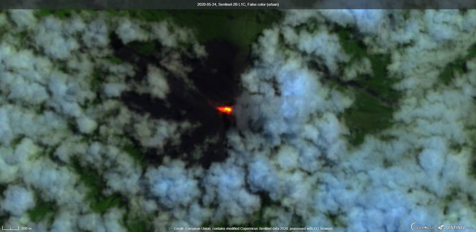 Lava flow in Seca direction from satellite (image: Sentinel 2)