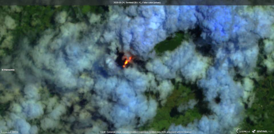 Lava flow on NE flank from Pacaya volcano visible from satellite (image: Sentinel 2)