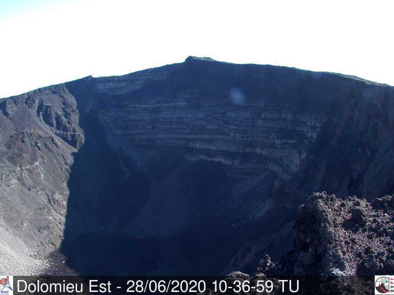 Dolomieu crater at Piton de la Fournaise volcano on 28 June (image: OVPF)