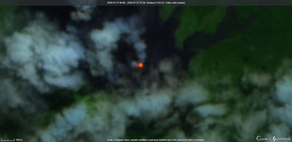 Incandescence from Langila volcano visible from satellite on 27 July (image: Sentinel 2)