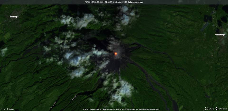 Glowing crater at Fuego volcano captured from satellite (image: Sentinel 2)