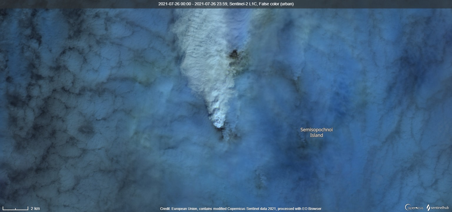 Steam and gas emissions from Semisopochnoi volcano on 26 July (image: Sentinel 2)