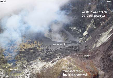 The new vent at Soufrière Hills volcano (Greg Scott, Caribbean Helicopters)