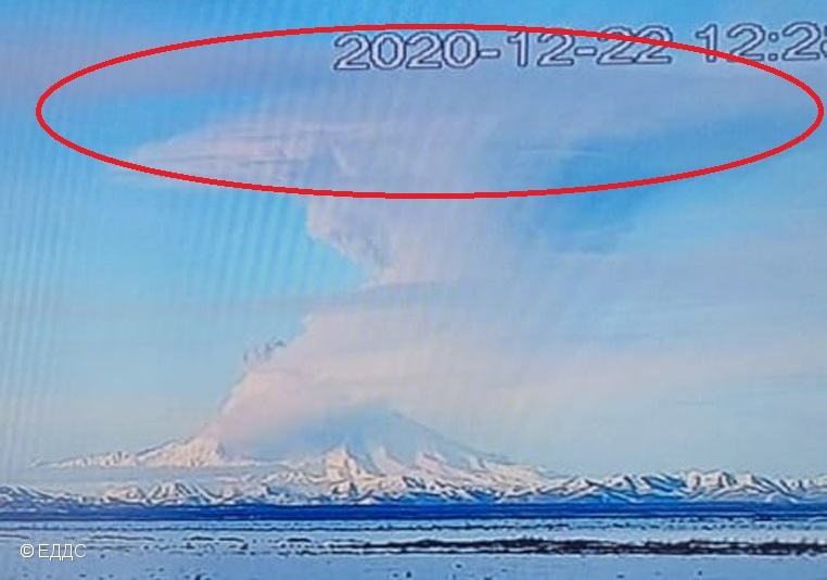 Red circle shows umbrella region formed by explosion at Sheveluch volcano today (image: KVERT)