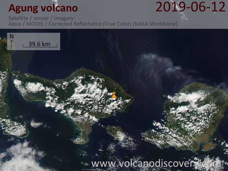 Satellitenbild des Agung Vulkans am 13 Jun 2019