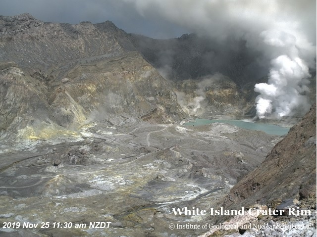 Gas emissions from White Island volcano today (image: GeoNet)