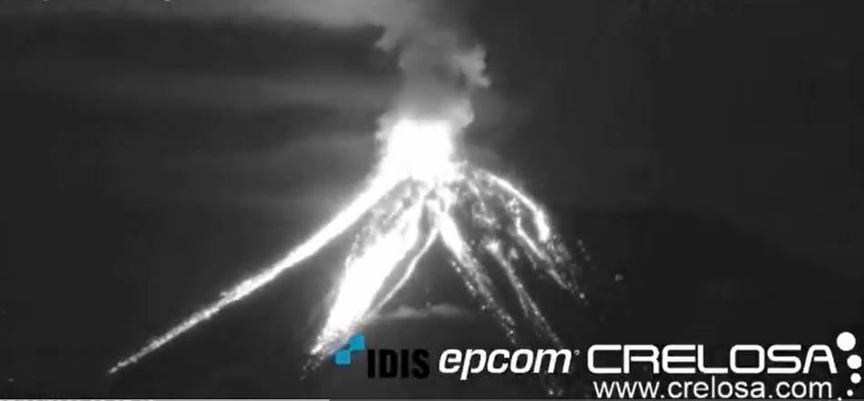 Incandescent avalanches from Fuego volcano on 7 September (image: @DavidHe11952876/twitter)